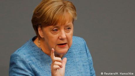 Μέρκελ: Το ονοματολογικό είναι ένα από τα εύφλεκτα ζητήματα