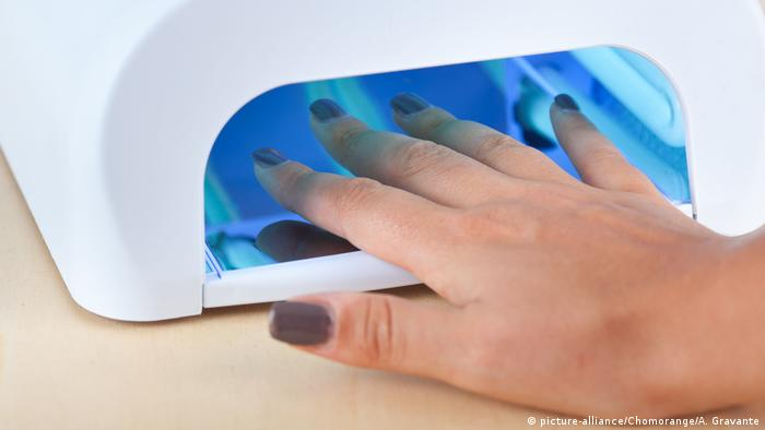 DW′s Health News: Cancer at the nail salon | Science| In-depth ...