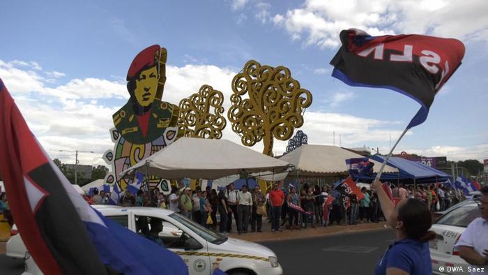 Nicaragua Anhänger von Präsident Daniel Ortega. (DW/A. Saez)