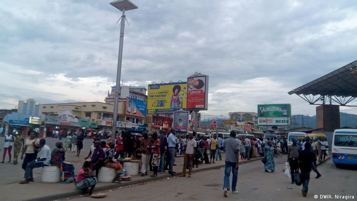 Burundi Bujumbura Straßenszene