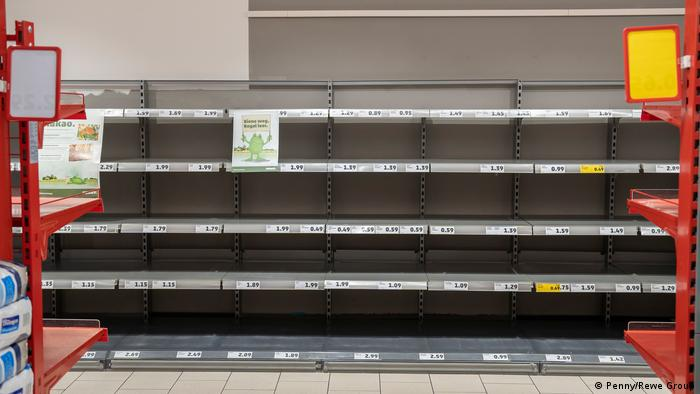 Bienenaktion im Supermarkt (Penny/Rewe Group)