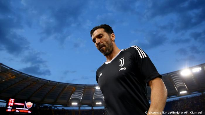 AS Roma v Juventus - Serie A Gianluigi Buffon (picture-alliance/NurPhoto/M. Ciambelli)