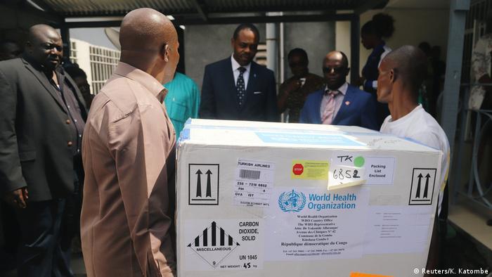 حمل نخستین محموله واکسن ابولا به کنگو