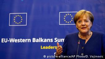 Bulgarien EU-Balkan-Gipfel in Sofia | Angela Merkel, Bundeskanzlerin (picture-alliance/AP Photo/D. Vojinovic)