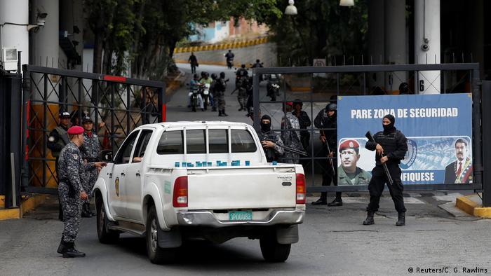 Venezuela Aufstände im Helicoide Gefängnis in Caracas (Reuters/C. G. Rawlins)