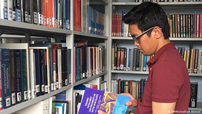 Indonesischer Student der RWTH Aachen Putu Adi (DW/Nurzakiah Ahmad)