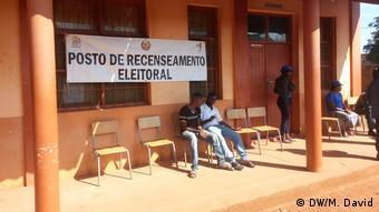 Wahlregistrierung in der Provinz Niassa, Mosambik (DW/M. David)