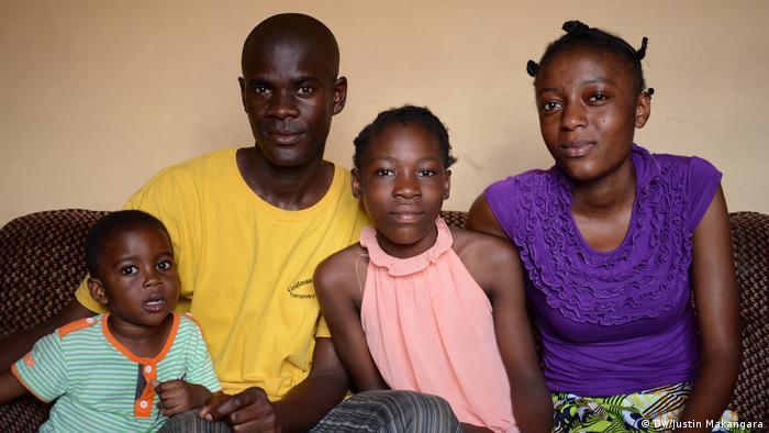 Bildergalerie Kongo Sapeurs (DW/Justin Makangara)