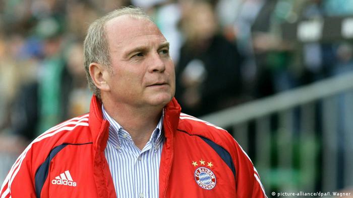 Fußball - Bayern-Manager Uli Hoeneß (picture-alliance/dpa/I. Wagner)