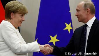 Επί 90 λεπτά συνομιλούσαν την Παρασκευή Μέρκελ-Πούτιν