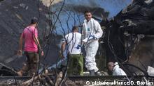 Kuba, Havanna: Flugzeugabsturz, Helfer bergen Wrackteile der Boeing 737