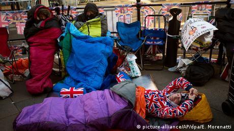 UK Vor der Hochzeit von Prinz Harry und Meghan Markle (picture-alliance/AP/dpa/E. Morenatti)