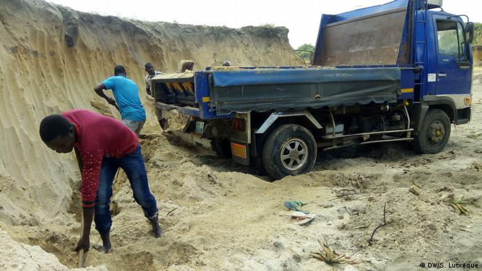 Mozambique discovers 30,000 'ghost' workers