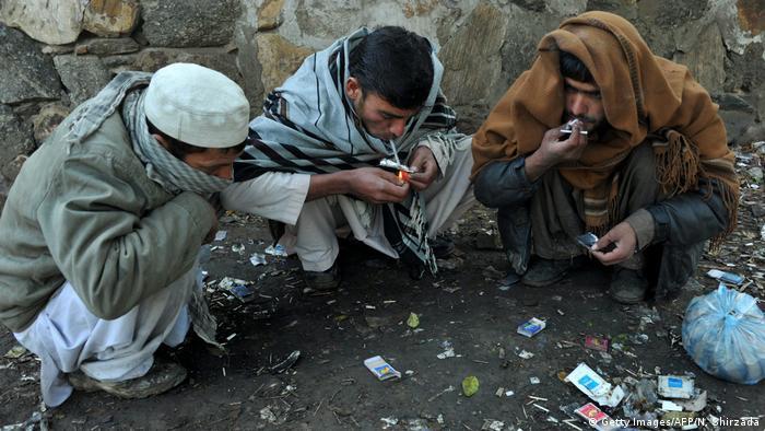 Afghanistan Drogen Opium Drogensucht Gesellschaft