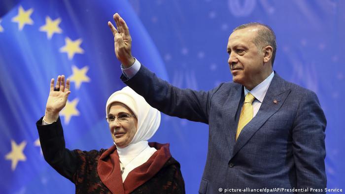Besuch türkischer Präsident Tayyip Erdogan in Bosnien und Herzegowina (picture-alliance/dpa/AP/Presdential Press Service)