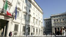 Italien Palazzo Chigi in Rom (picture-alliance/AP Photo/A. Medichini)