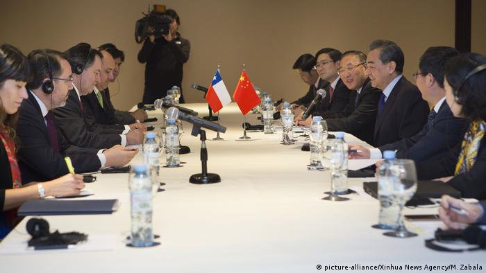 G20 Außenministertreffen in Argentinien | Treffen Chile und China (picture-alliance/Xinhua News Agency/M. Zabala)