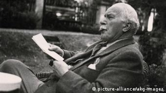 Carl Gustav Jung, Psychologe und Psychiater - 1953