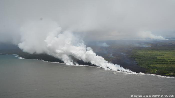 Volcano eruption in Hawaii (picture-alliance/ZUMA Wire/USGS)