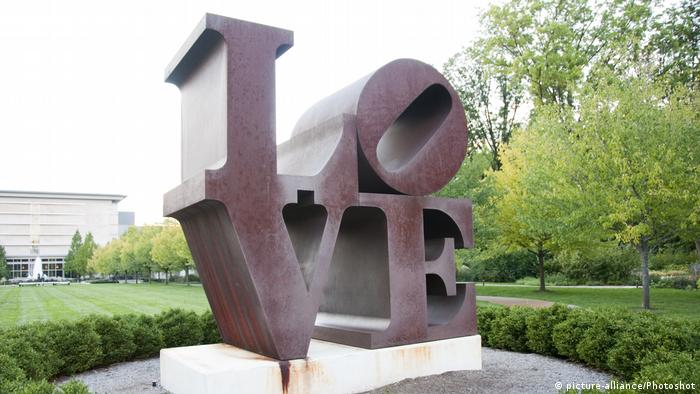 Robert Indiana (picture-alliance/Photoshot)