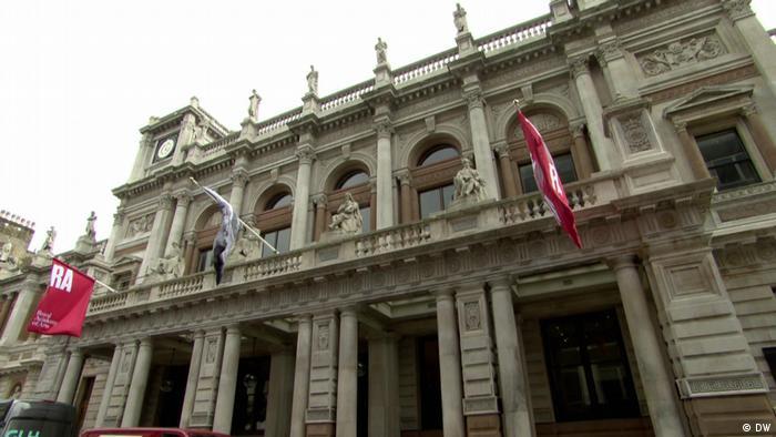 Die Royal Academy of Arts in London (DW)