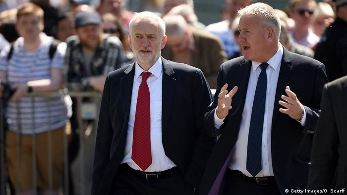 Jeremy Corbyn arrives at Manchester memorial service (Getty Images/O. Scarff)