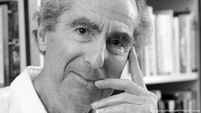 Philip Roth (picture-alliance/AP Photo/R. Drew)