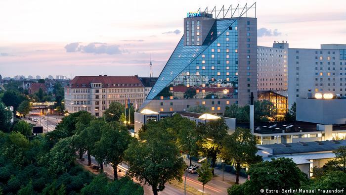 zehn hoteltipps f r berlin alle multimedialen inhalte der deutschen welle dw. Black Bedroom Furniture Sets. Home Design Ideas