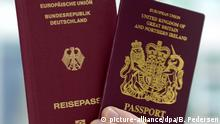 A German and a British passport (picture-alliance/dpa/B. Pedersen)