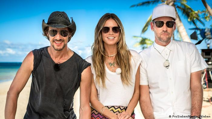 Thomas Hayo (left) with Heidi Klum (center) and Michael Michalsky (right) (ProSieben/Martin Ehleben)