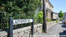 Berlinah Wallace court case. Ladysmith road, Bristol, the scene where Berlinah Wallace, 48, threw acid at Mark van Dongen. Wallace has been acquitted of murder but found guilty of throwing a corrosive substance with intent at Bristol Crown Court, after injuring her former partner in the attack. Issue date: Tuesday May 15, 2018. See PA story COURTS Wallace. Photo credit should read: Ben Birchall/PA Wire URN:36552639 |