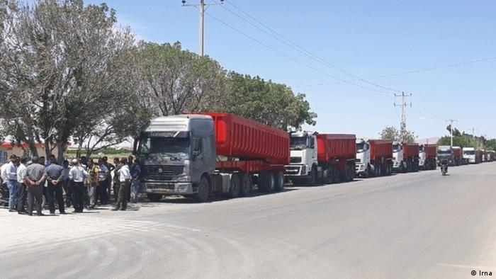 بهرغم تأکید مقامهای ایران بر پایان اعتصاب کامیونداران، اعتراض آنان وارد هشتمین روز خود شده است