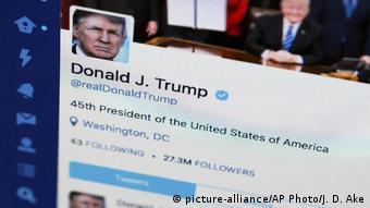 مدير حملة ترامب الانتخابية: نعلم دائماً أن وادي السيليكون سيبذل قصارى جهده لعرقلة ومنع الرئيس ترامب من توصيل رسالته للناخبين.