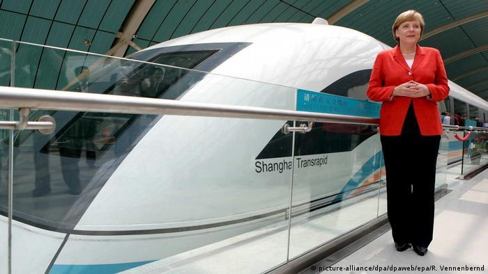 Chinareisen von Bundeskanzlerin Angela Merkel (picture-alliance/dpa/dpaweb/epa/R. Vennenbernd)