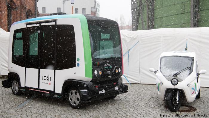Deutsche Bahn - autonom fahrender Bus ioki | Hersteller Easy Mile