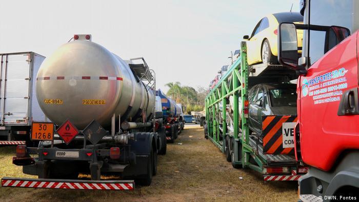 Governo corta em programas sociais para baratear diesel