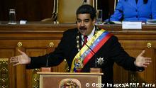 Venezuela Nicolas Maduro wird im Amt vereidigt