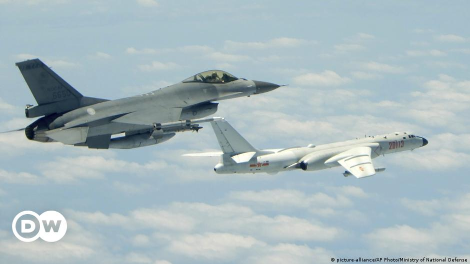US concerned after 13 Chinese warplanes fly over Taiwan airspace