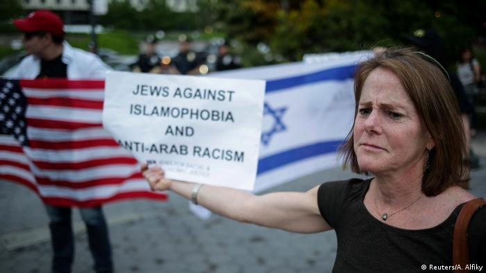 USA New York Demo und Fastenbrechen (Reuters/A. Alfiky)