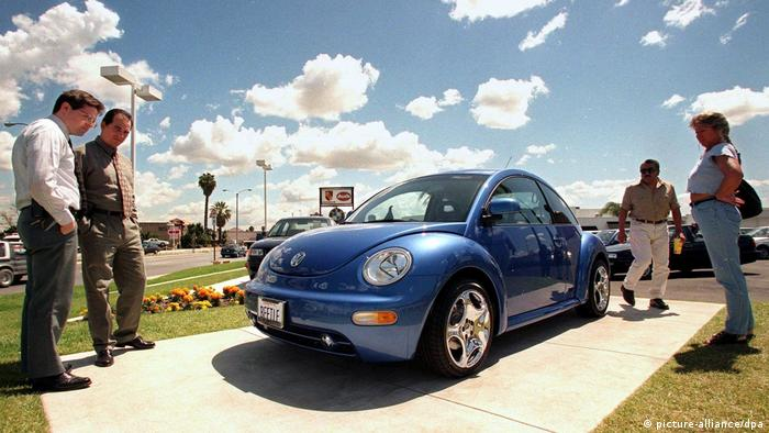 USA Triumph für VW - Beetle-Mania (picture-alliance/dpa)