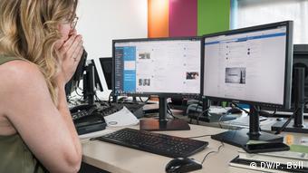 На сторінках правих і популістських політиків у Facebook та Twitter - найбільш образливі коментарі