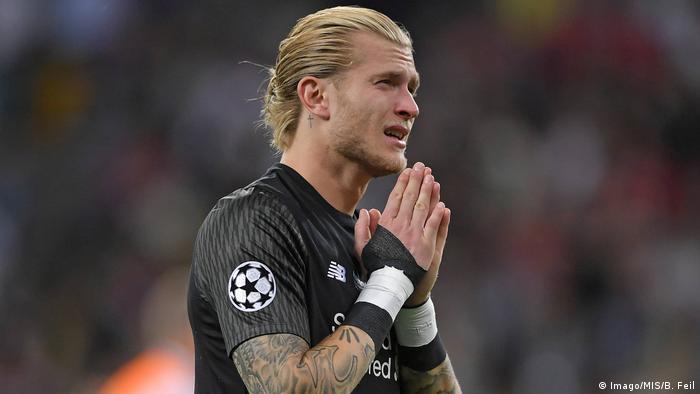 Em lágrimas, Karius pediu desculpa aos adeptos do Liverpool pelas falhas