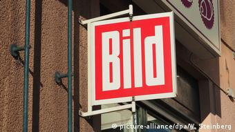 Store sign advertising Bild newspaper