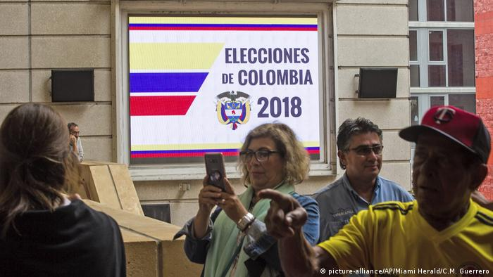 Kolumbien Präsidentschaftswahlen Wahllokal