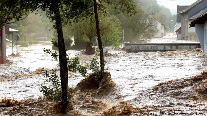 Flooding in Fischbach, Rhineland-Palatinate (picture alliance/dpa/Foto/Hosser/C. Schulz)