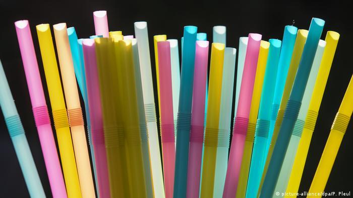Canudos dem plástico
