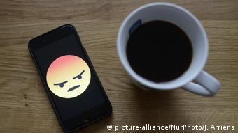 Κινητό τηλέφωνο, καφές