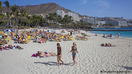 Курорти Тунісу і Туреччини переманюють туристів з іспанських пляжів