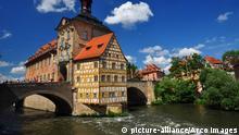 Fachwerk, Regnitz, Rathaus, Bamberg, Bischofstadt, Oberfranken, Deutschland | Verwendung weltweit