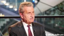 Interview Günther Oettinger, EU-Kommissar Haushalt, Straßburg Europäisches Parlament, zu Italilen, Trump, Rechtsstaatlichkeit, Interviewer Bernd Riegert. Aufgenommen am 29.05.2018. Foto: Max Hofmann, DW, alle Rechte